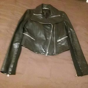 BCBG MAXAZRIA Cropped leather jacket